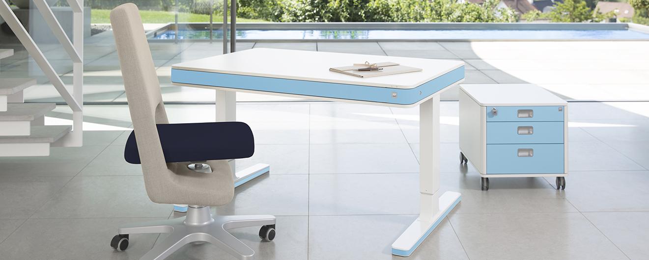 elektrisch-hoehenverstellbar-Schreibtisch-S9-Drehstuhl