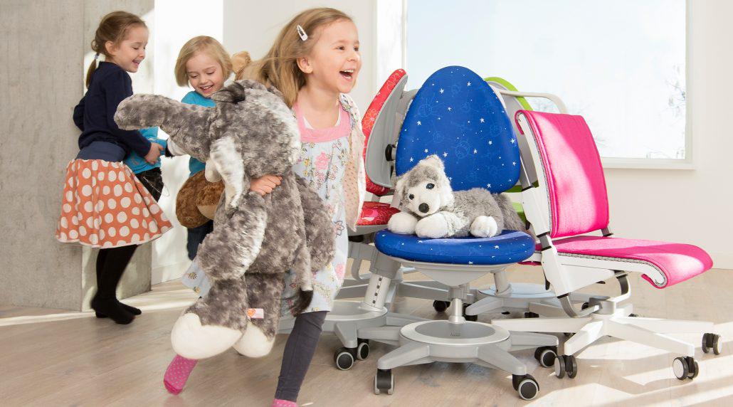 mitwachsende Kindermöbel von moll kinderschreibtische kinderdrehstühle höhenverstellbar neigbar made in germany